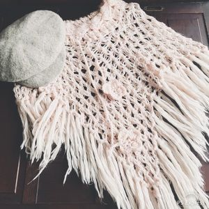 ARDEN B Light Pink Crochet Boho Gypsy Poncho